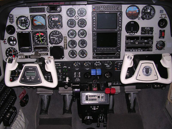 1998-Beechcraft-Baron-B58-Panel
